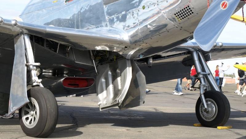 hasegawa P-51D mustang 1/72 TERMINE Sac32010