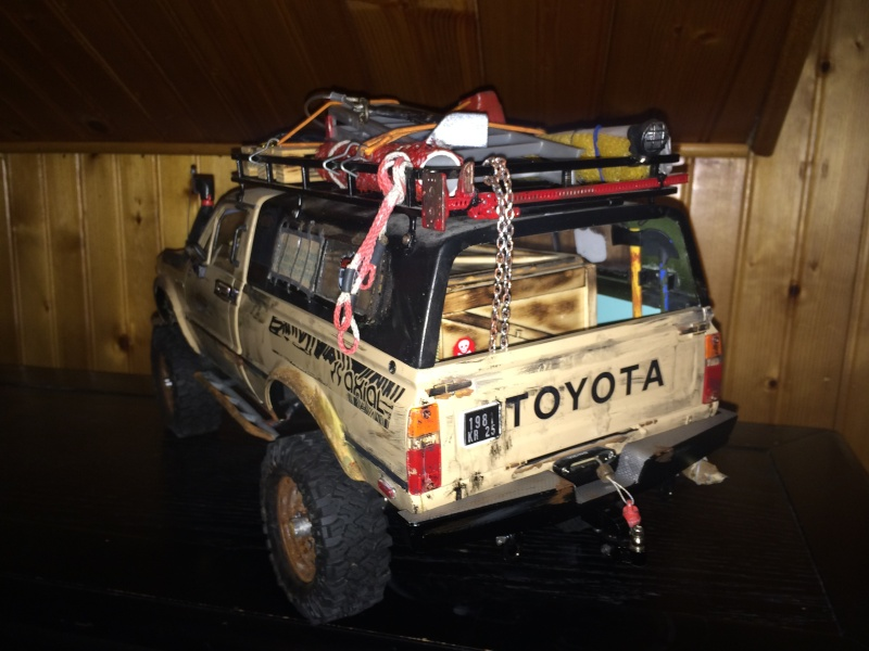 [Rafale-57] Toyota Hilux scale Img_3114