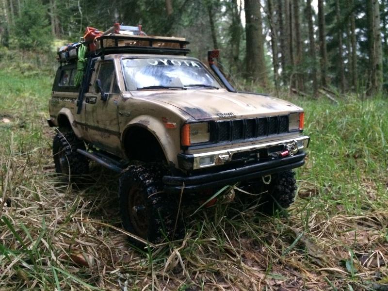 [Rafale-57] Toyota Hilux scale Img_3314
