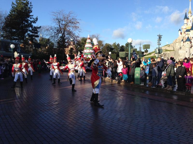Séjour au Sequoia Lodge du 29 Décembre 2013 au 3 Janvier 2014 - Réveillon à Disneyland Paris !  Terminé le 12 Novembre! - Page 5 000110