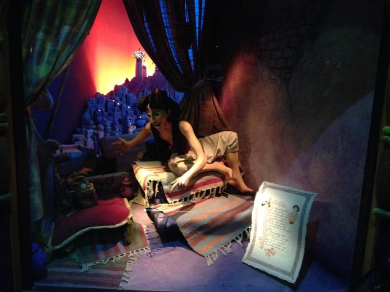 Séjour au Sequoia Lodge du 29 Décembre 2013 au 3 Janvier 2014 - Réveillon à Disneyland Paris !  Terminé le 12 Novembre! 313