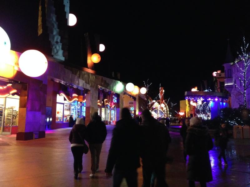 Séjour au Sequoia Lodge du 29 Décembre 2013 au 3 Janvier 2014 - Réveillon à Disneyland Paris !  Terminé le 12 Novembre! - Page 2 812
