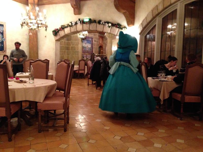 Séjour au Sequoia Lodge du 29 Décembre 2013 au 3 Janvier 2014 - Réveillon à Disneyland Paris !  Terminé le 12 Novembre! - Page 4 Img_4410