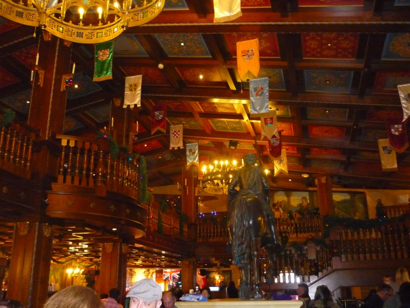 Séjour au Sequoia Lodge du 29 Décembre 2013 au 3 Janvier 2014 - Réveillon à Disneyland Paris !  Terminé le 12 Novembre! P1070711