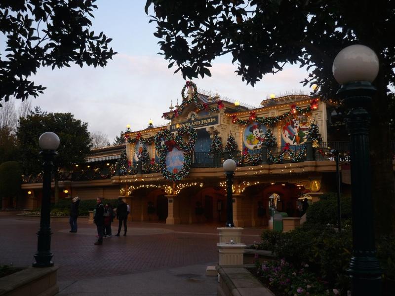 Séjour au Sequoia Lodge du 29 Décembre 2013 au 3 Janvier 2014 - Réveillon à Disneyland Paris !  Terminé le 12 Novembre! P1080014