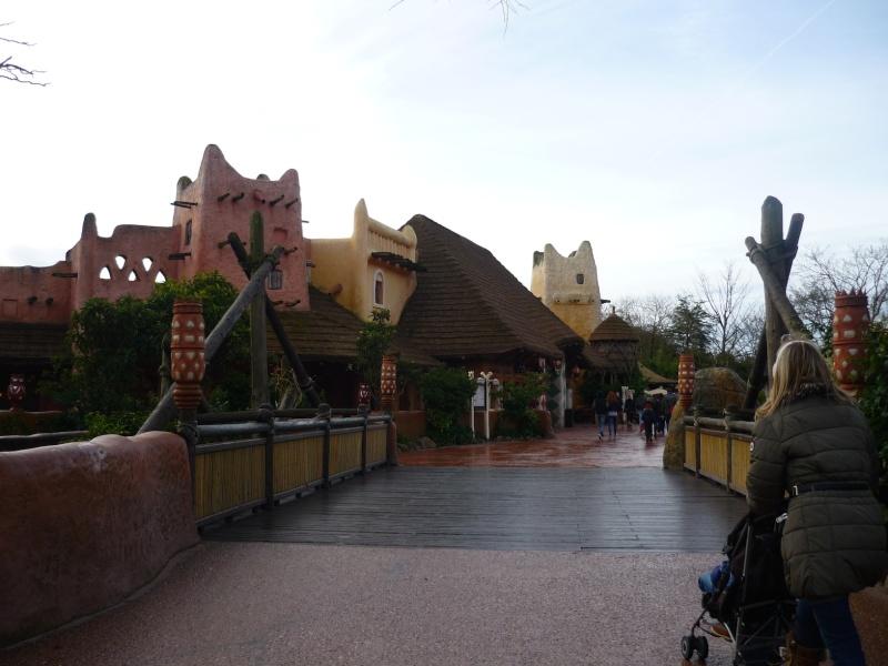 Séjour au Sequoia Lodge du 29 Décembre 2013 au 3 Janvier 2014 - Réveillon à Disneyland Paris !  Terminé le 12 Novembre! P1080019