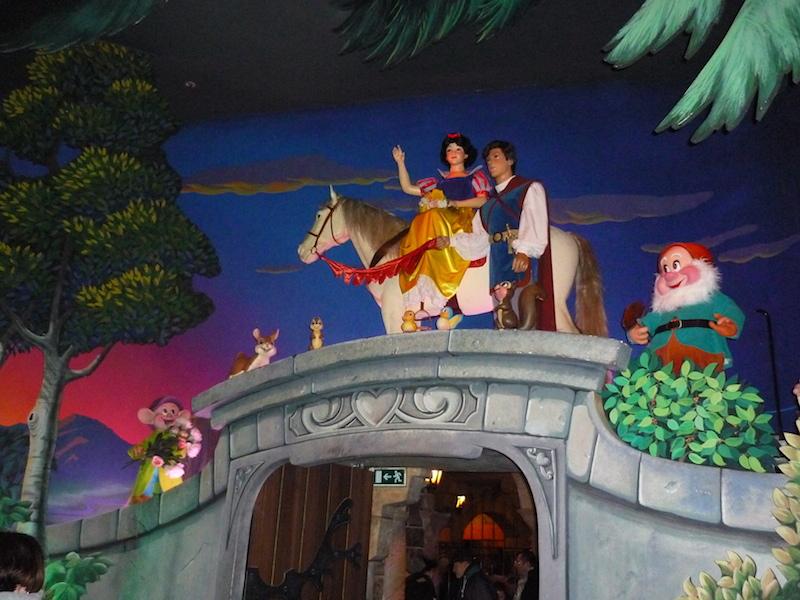 Séjour au Sequoia Lodge du 29 Décembre 2013 au 3 Janvier 2014 - Réveillon à Disneyland Paris !  Terminé le 12 Novembre! - Page 4 P1080414