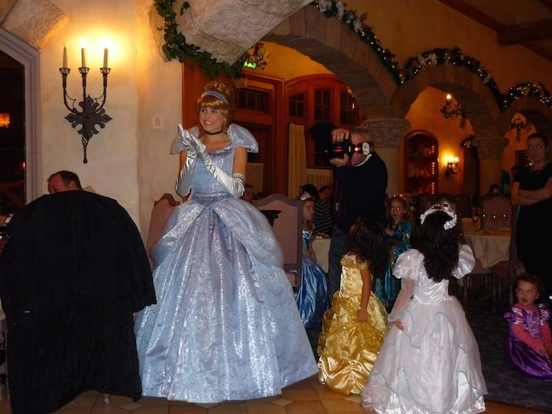 Séjour au Sequoia Lodge du 29 Décembre 2013 au 3 Janvier 2014 - Réveillon à Disneyland Paris !  Terminé le 12 Novembre! - Page 4 P1080418