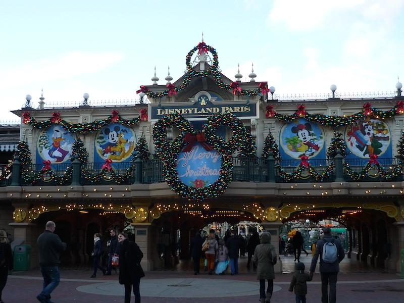 Séjour au Sequoia Lodge du 29 Décembre 2013 au 3 Janvier 2014 - Réveillon à Disneyland Paris !  Terminé le 12 Novembre! - Page 5 P1080613