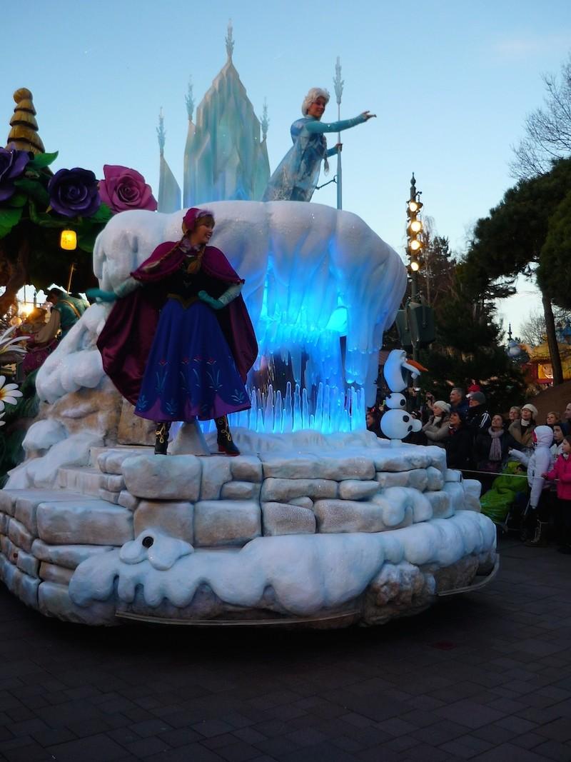 Séjour au Sequoia Lodge du 29 Décembre 2013 au 3 Janvier 2014 - Réveillon à Disneyland Paris !  Terminé le 12 Novembre! - Page 5 P1080622