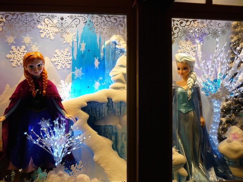Séjour au Sequoia Lodge du 29 Décembre 2013 au 3 Janvier 2014 - Réveillon à Disneyland Paris !  Terminé le 12 Novembre! - Page 5 P1080713