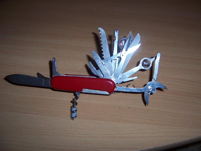 alfection les couteaux suisses  !!! 100_7014