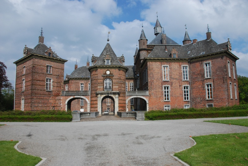 Marie-Antoinette au château de Mérode cet été Kastee10