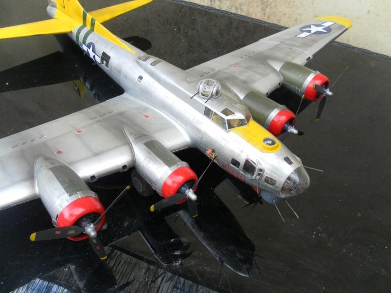 B 17G HK model 1/32° Sam_1014