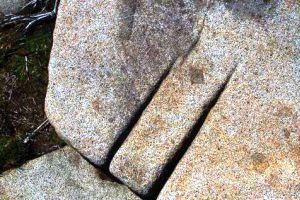 Les mégalithes du mont Pidan - Russie - Eurasie Sans_t14