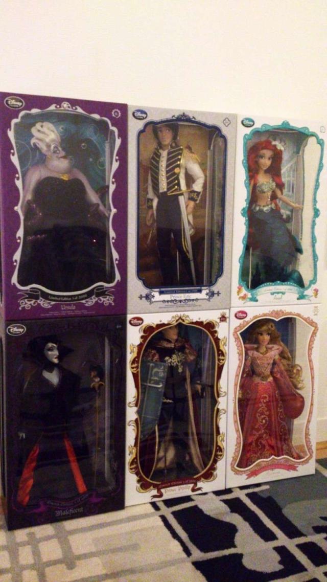Disney Store Poupées Limited Edition 17'' (depuis 2009) - Page 37 Dsc_3024