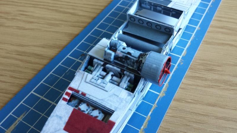 Versuch Nr.2 an einem Modell von UHU 02 04310