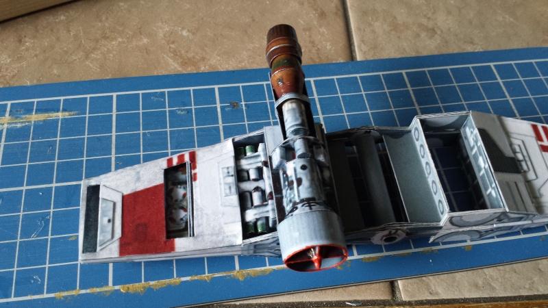 Versuch Nr.2 an einem Modell von UHU 02 04610