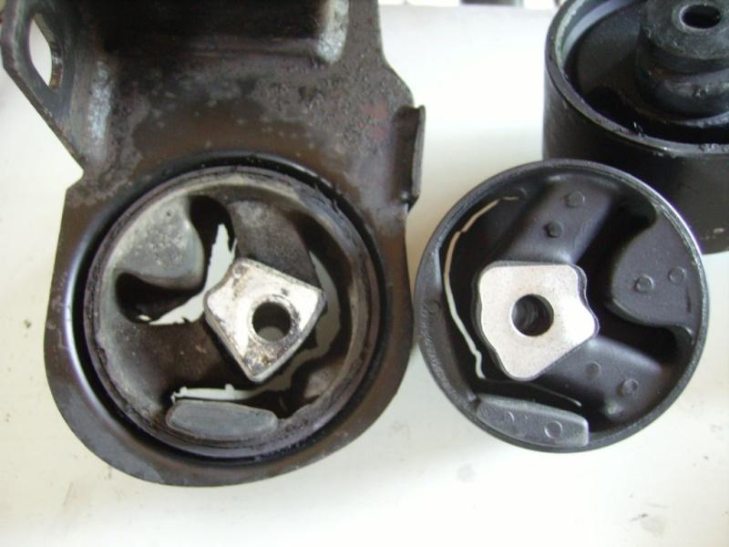 tuto remlacement 4 silens blocs moteur chrysler 2,5 td 98 Sb310
