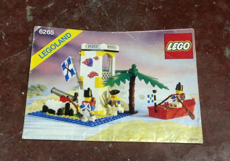 Lego set istruzioni Pirati e Gendarmi Img_4013