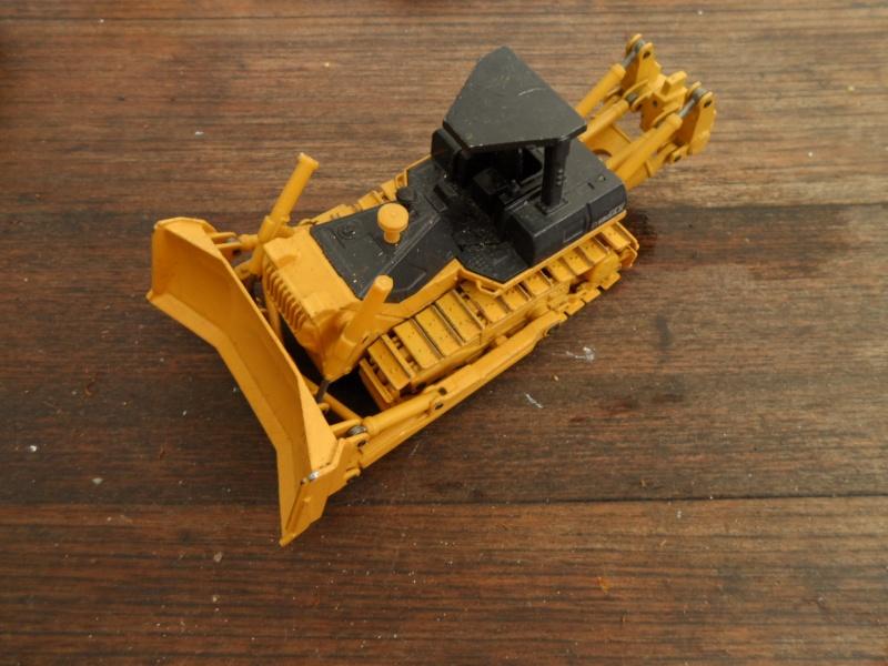 Modellino Escavatore Komatsu Sam_3711