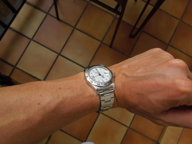 Ma 1ère montre... GMT pour poignet femme Dscn9135