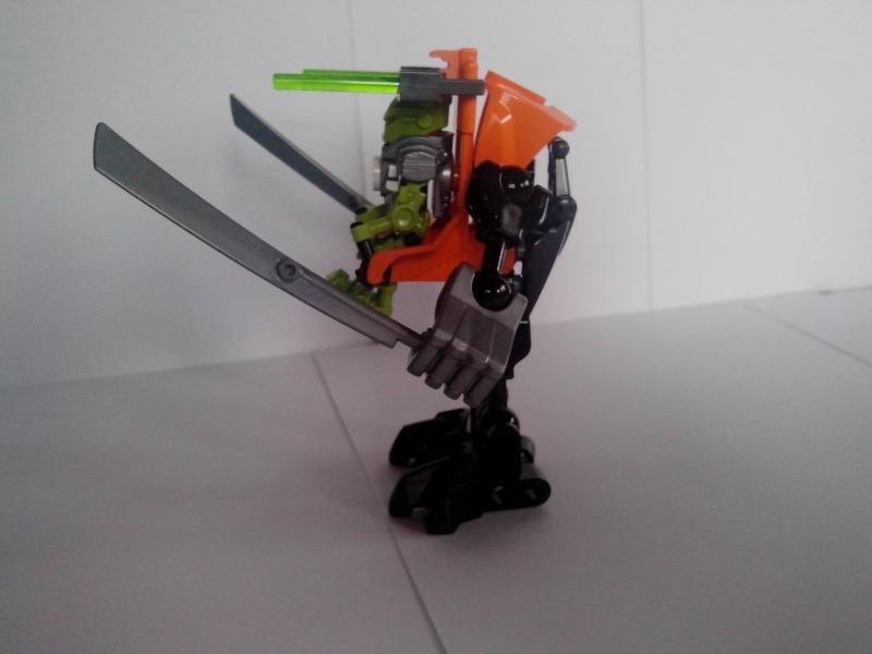[Revue] Hero Factory 40116 : Hero Robot  Img_2179