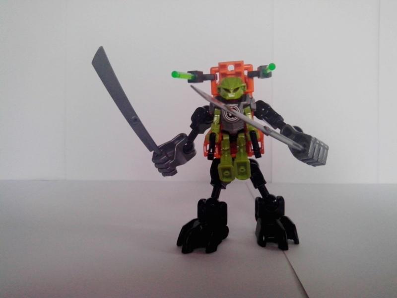 [Revue] Hero Factory 40116 : Hero Robot  Img_2181