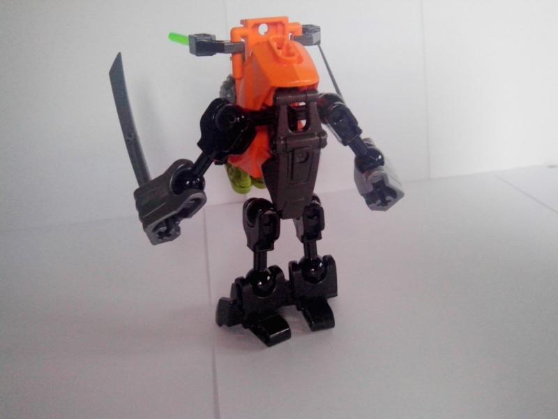 [Revue] Hero Factory 40116 : Hero Robot  Img_2182