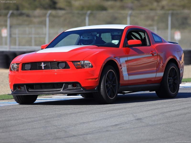 2012 Mustang Boss 302 (conversion) de Revell Ford-m11