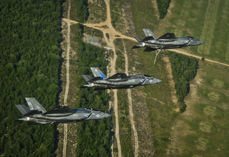 US Military Photos and Videos: - Page 3 14052110