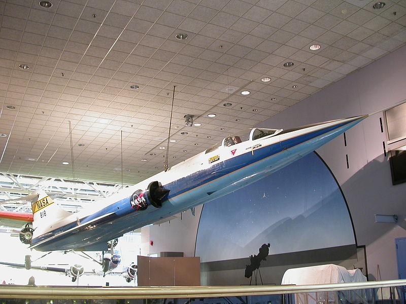 DUO: F-104N (NASA) + F-104G (BAF) Hazegawa 1/48  800px-10