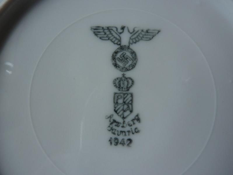 Heer, Luftwaffe & RAD - Assiettes, tasse et pichet à lait P1150218