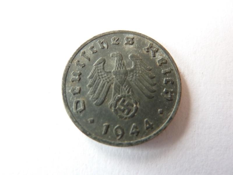 Pieces de 1, 5 et 10 Reichspfennig, toutes annees. P1180712