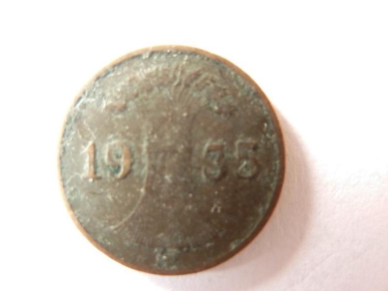 Pièce de 1 Rpfg de 1925 et 1935 : P1180725