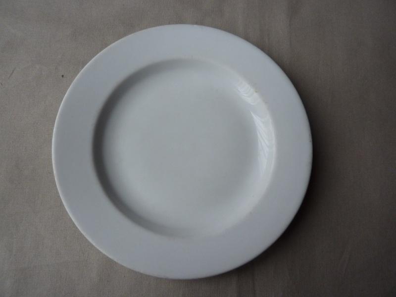 DAF - Assiette plate  P1190310