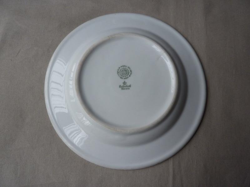 DAF - Assiette plate  P1190311