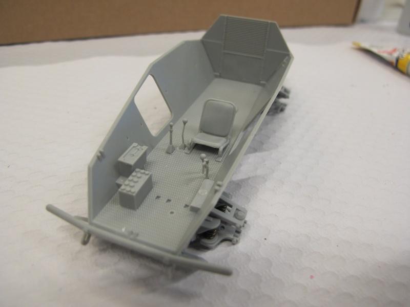 BRONCO CB 35033 - Sd.Kfz.221 - 1/35 Img_5617