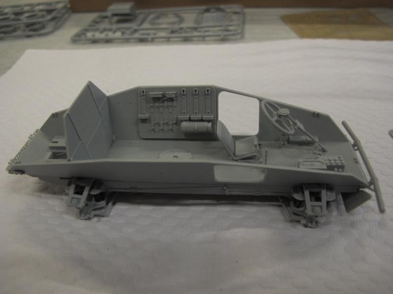 BRONCO CB 35033 - Sd.Kfz.221 - 1/35 Img_5631