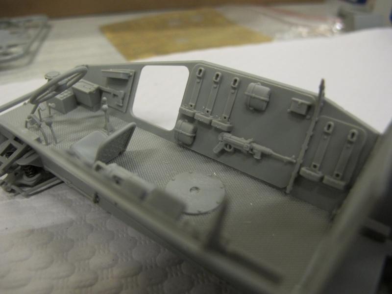 BRONCO CB 35033 - Sd.Kfz.221 - 1/35 Img_5632
