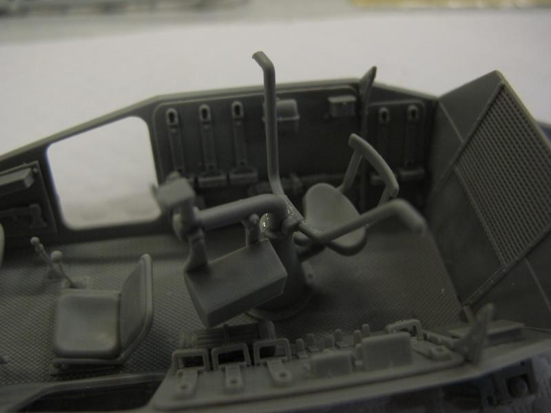BRONCO CB 35033 - Sd.Kfz.221 - 1/35 Img_5635