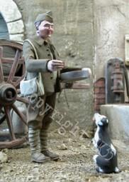 """RESOLU === MK35 F216 """"Soldat donnant à manger à un chien"""" Mk35_f11"""