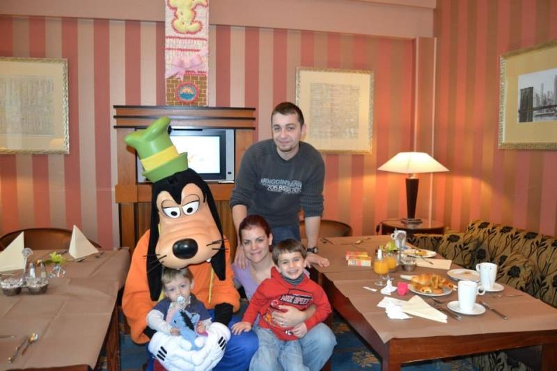 Séjour à l'hotel New york pour mes 24ans à l'ESC - Page 5 Dingo_10