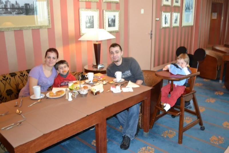 Séjour à l'hotel New york pour mes 24ans à l'ESC - Page 5 Mimam_10