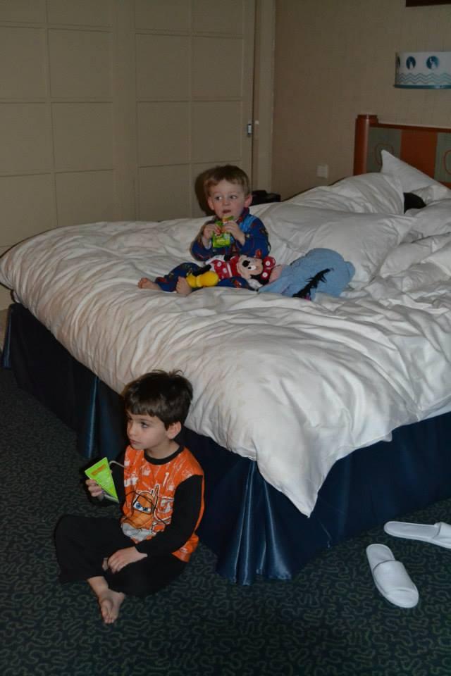 Séjour à l'hotel New york pour mes 24ans à l'ESC - Page 5 Reveil11