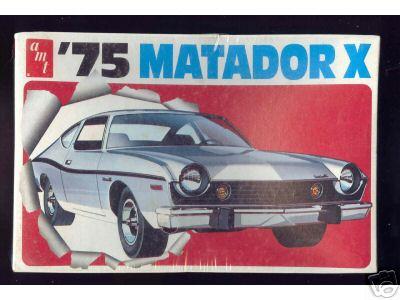 "'75 AMC Matador ""Bobby Allison"" (AMT) [Terminé] 75-amc10"
