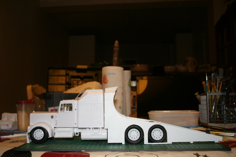 "Kenworth W900 ""Mopar Performance Race Car Hauler"" (Revell) [STANDBY] - Page 3 Img_2213"