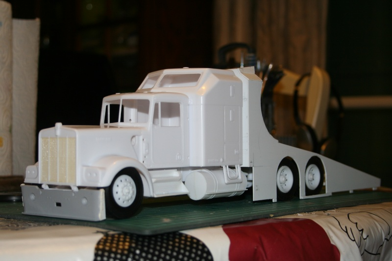 "Kenworth W900 ""Mopar Performance Race Car Hauler"" (Revell) [STANDBY] - Page 3 Img_2217"