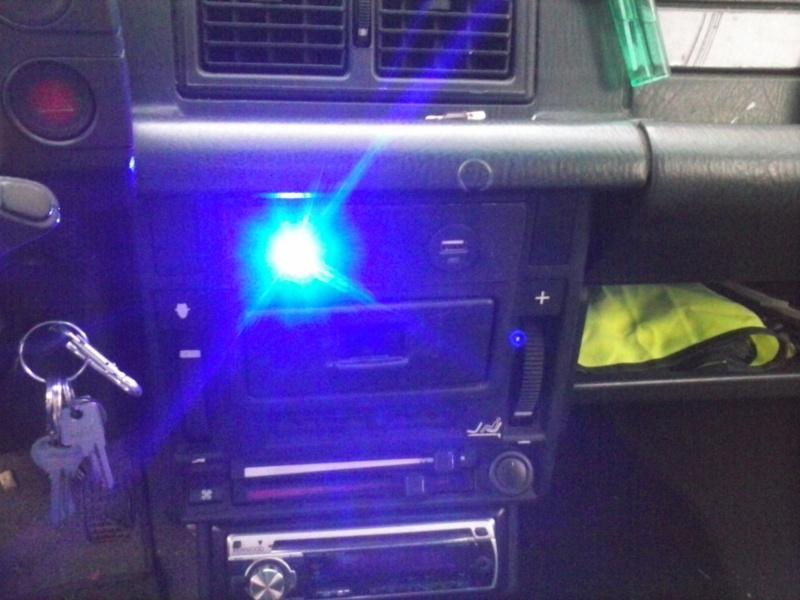 Alarma de aviso de luces encendidas Cam00016