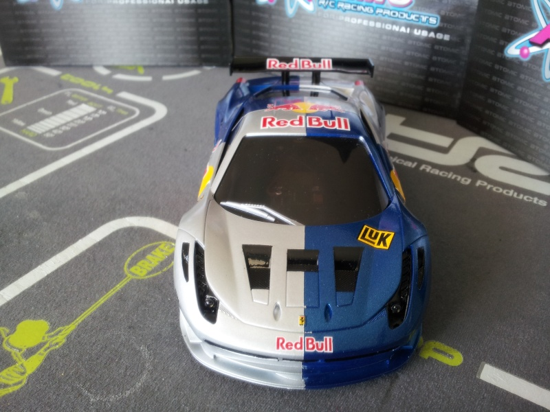 Nouvelle venue F458 Red bull 20140514